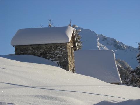 Aulus les Bains sous un manteau blanc par Patrice RIEU